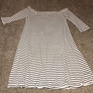 black and white striped old navy dress!